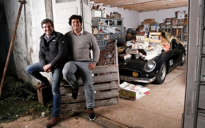 Matthieu Lamoure and Pierre Novikoff with the 1961 barn find Ferrari 250 (SWNS)
